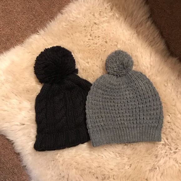 Forever 21 Accessories - ❄️Two winter hats with ball on top- black and grey 071ab064c12